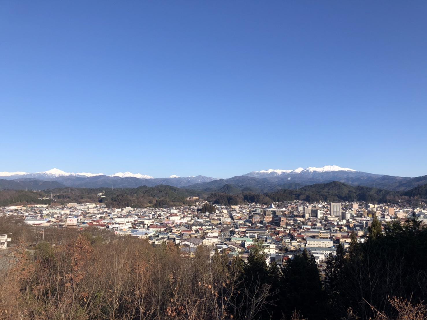 高山の街並み