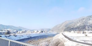 朝の川上川